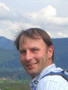 Stephan Opitz staatl. geprft. Sportlehrer im freien Beruf (TU München) DSLV Skilehrer